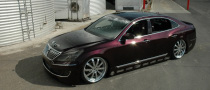 Mummbles Marketing Tuned Hyundai Equus Hits 2010 SEMA Floor