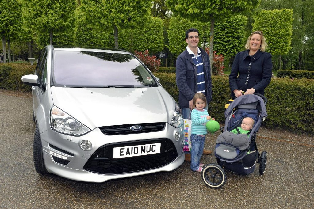 mumsnet tests ford s max and galaxy autoevolution. Black Bedroom Furniture Sets. Home Design Ideas