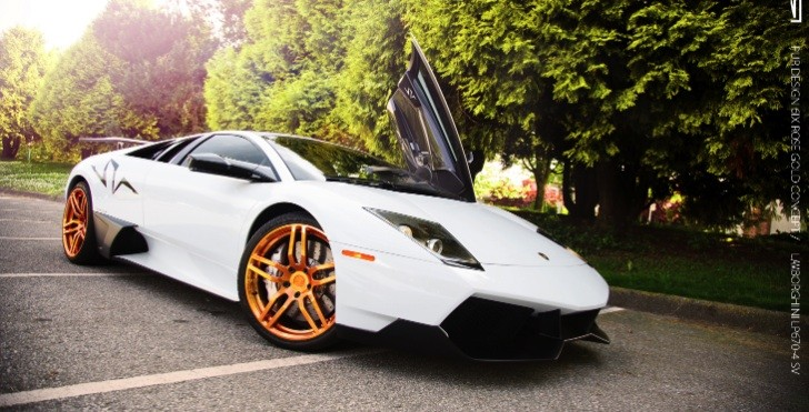 Murcielago LP670-4 SV with Gold Wheels! [Photo Gallery]