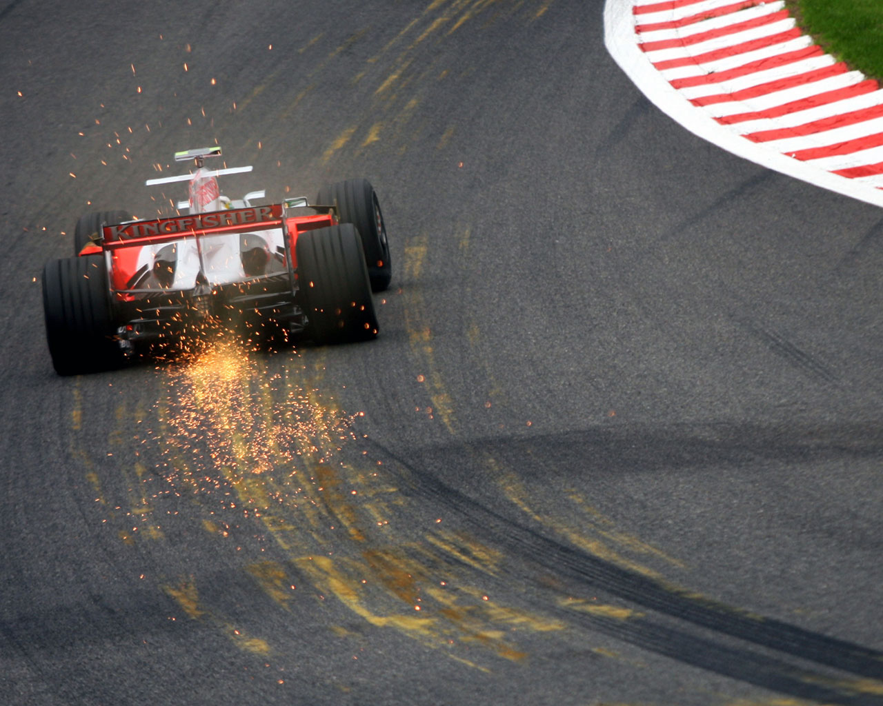 Must Watch Formula 1 Cars Attacking Spa Francorchamps