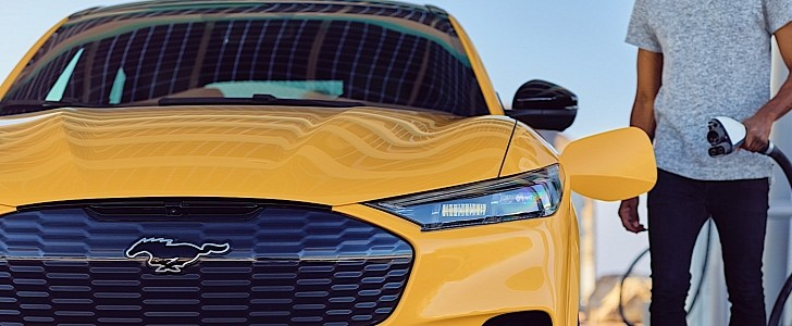 Mustang Mach-E GT Performance Edition Revealed as Fastest Ford Electric SUV Yet - autoevolution