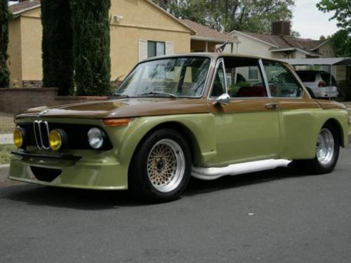 Mutant BMW 2002 Has V8 Engine, Cobra Chassis [Video]
