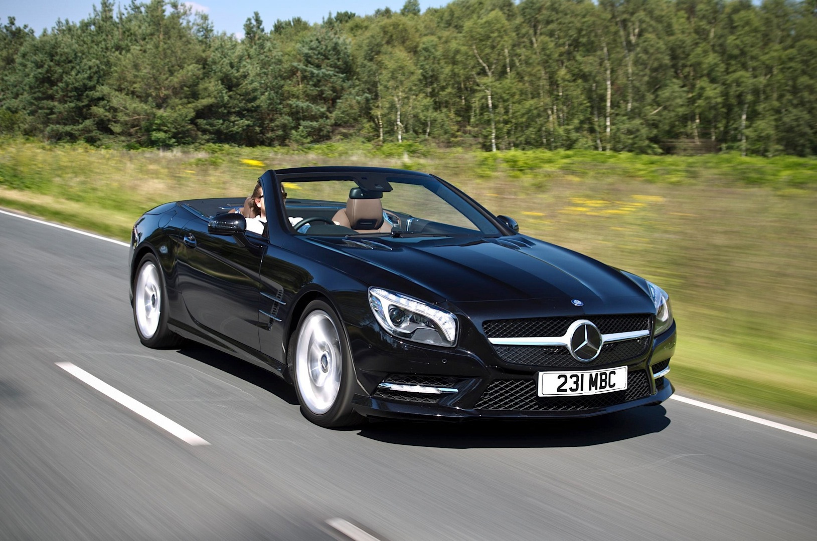 My 2015 mercedes benz sl roadster gets uk pricing for Mercedes benz sl convertible