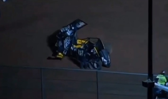 NASCAR's Jason Leffler Dies After Dirt Track Crash [Video]