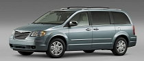 Nearly 300,000 Chrysler Minivans Recalled Over Airbag Issue