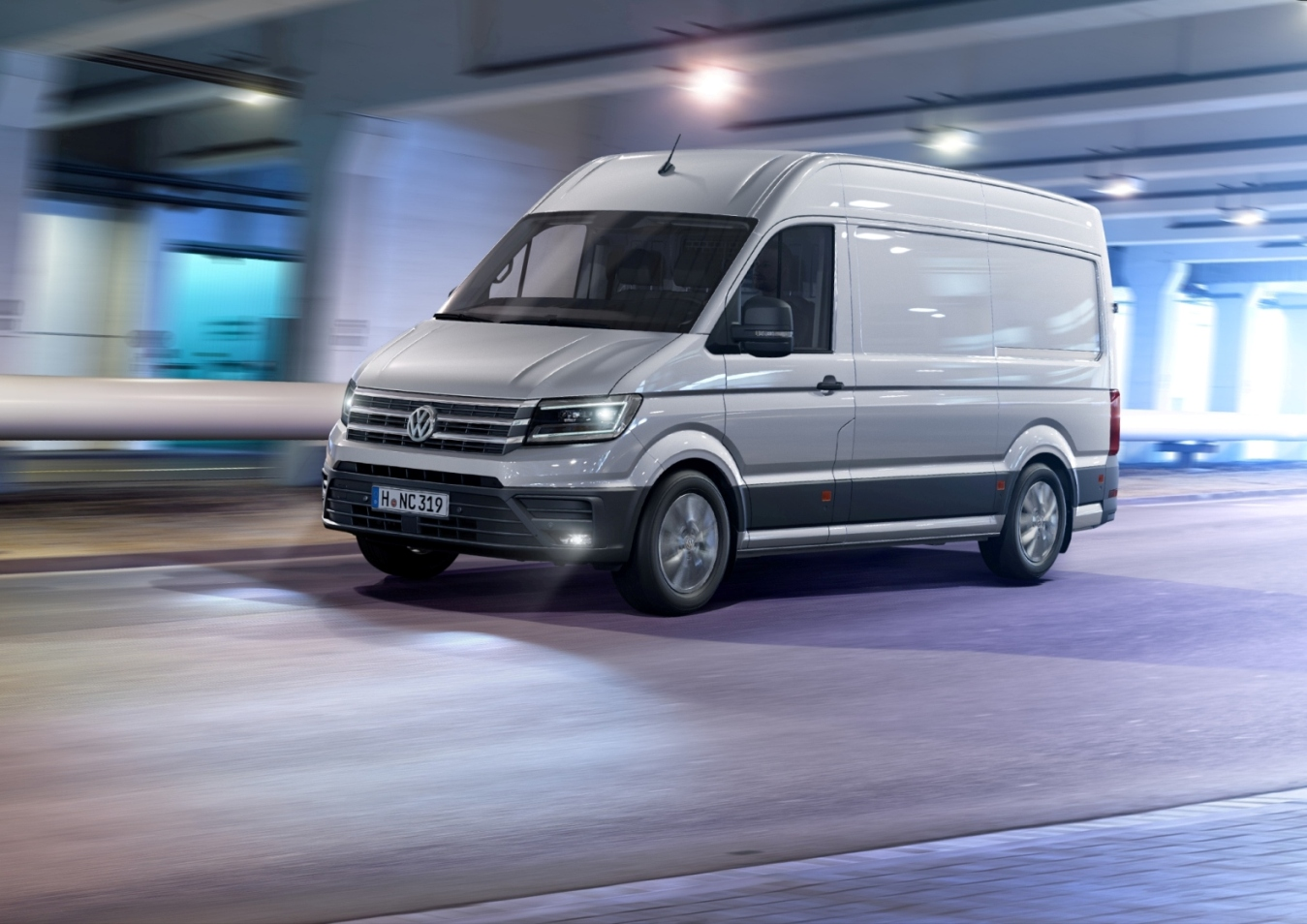 new 2017 volkswagen crafter debuts with fwd option us market entry possible autoevolution. Black Bedroom Furniture Sets. Home Design Ideas