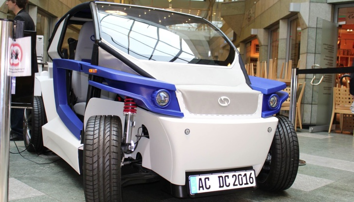 New 3D Printed Electric Car Going After Local Motors