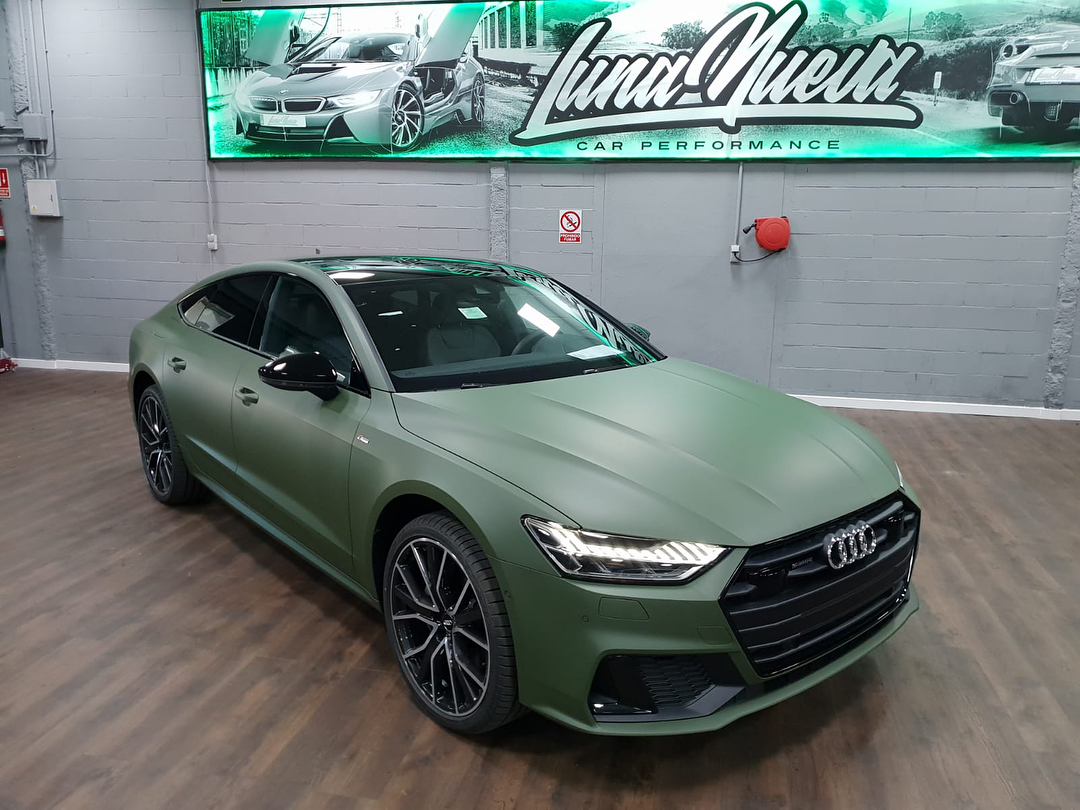 New Audi A7 Gets First Wrap And It S Matte Army Green Autoevolution