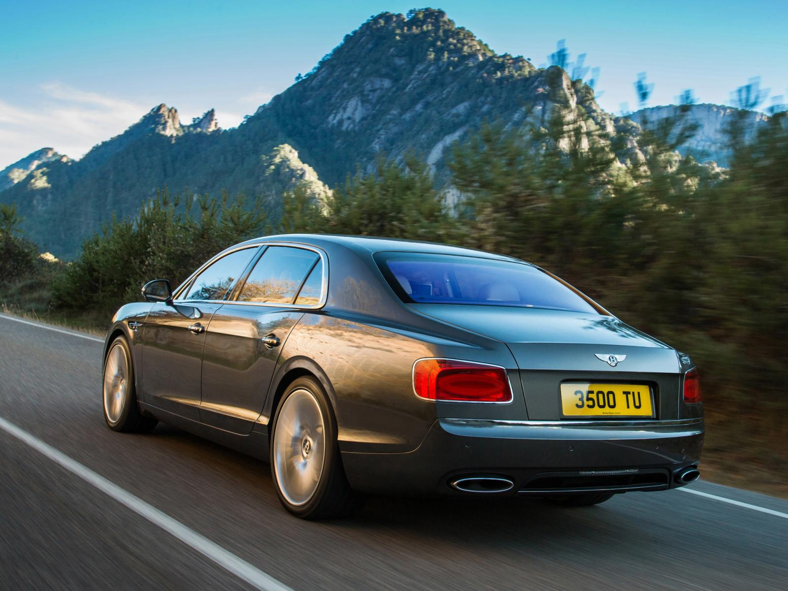 New Bentley Continental Flying Spur Photos Leaked
