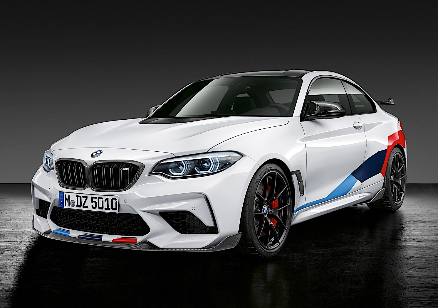 new bmw m2 competition gets m performance parts. Black Bedroom Furniture Sets. Home Design Ideas