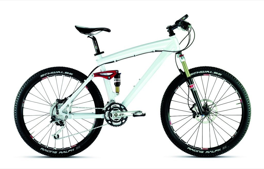 43ca4641e25 BMW recently introduced the new Mountain Bike Cross Country 2009 in pearl  white, which completes the luxury Bike Collection, available in BMW's  online shop ...