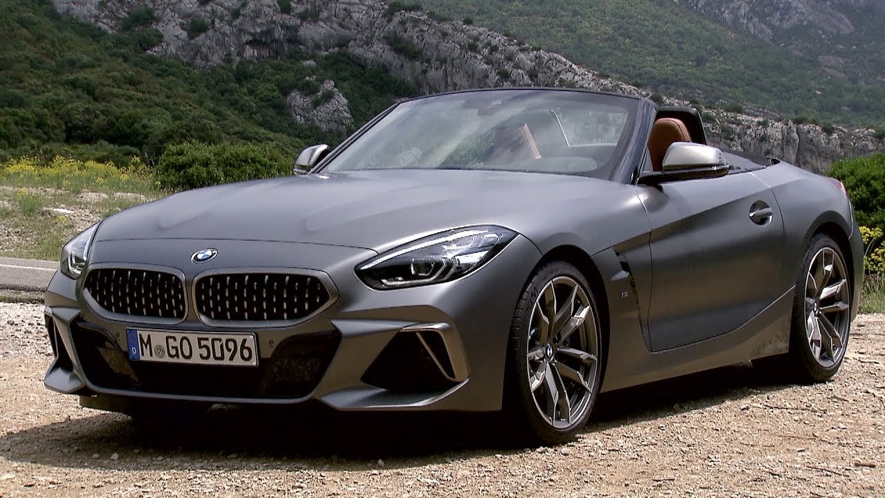 New Bmw Z4 Stars In First Official Videos Shows Frozen Grey Paint Autoevolution