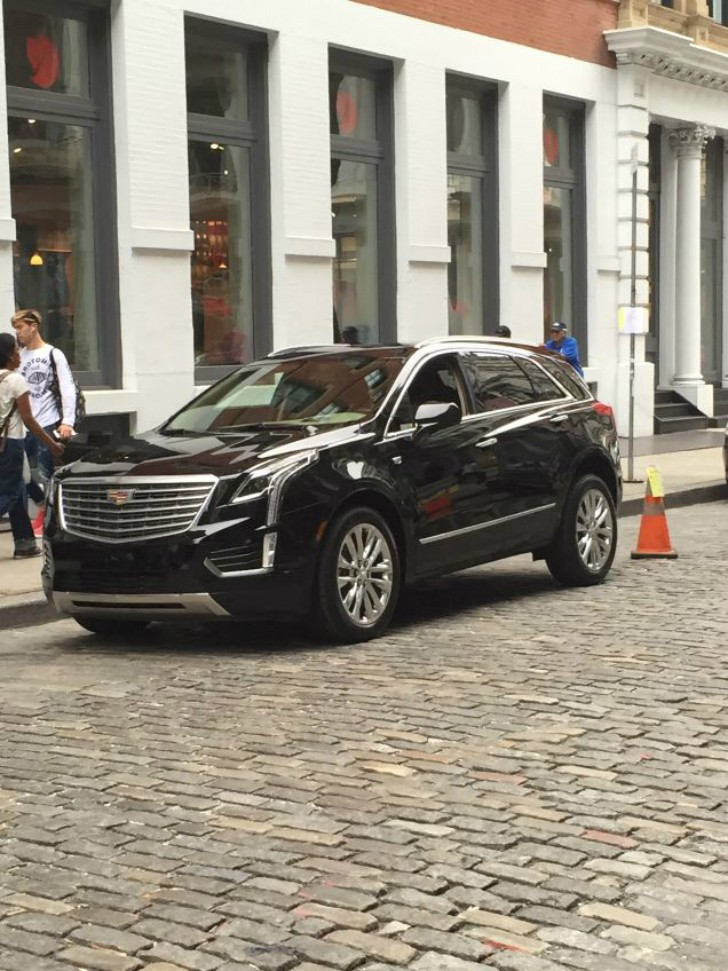 new cadillac xt5 crossover to debut in dubai then at los angeles auto show autoevolution. Black Bedroom Furniture Sets. Home Design Ideas