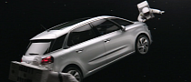 New Citroen C4 Picasso Commercial: Astronauts in Space [Video]