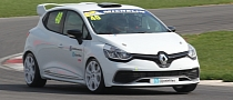 New Clio Cup Race Car Makes UK Debut with Lap of Snetterton