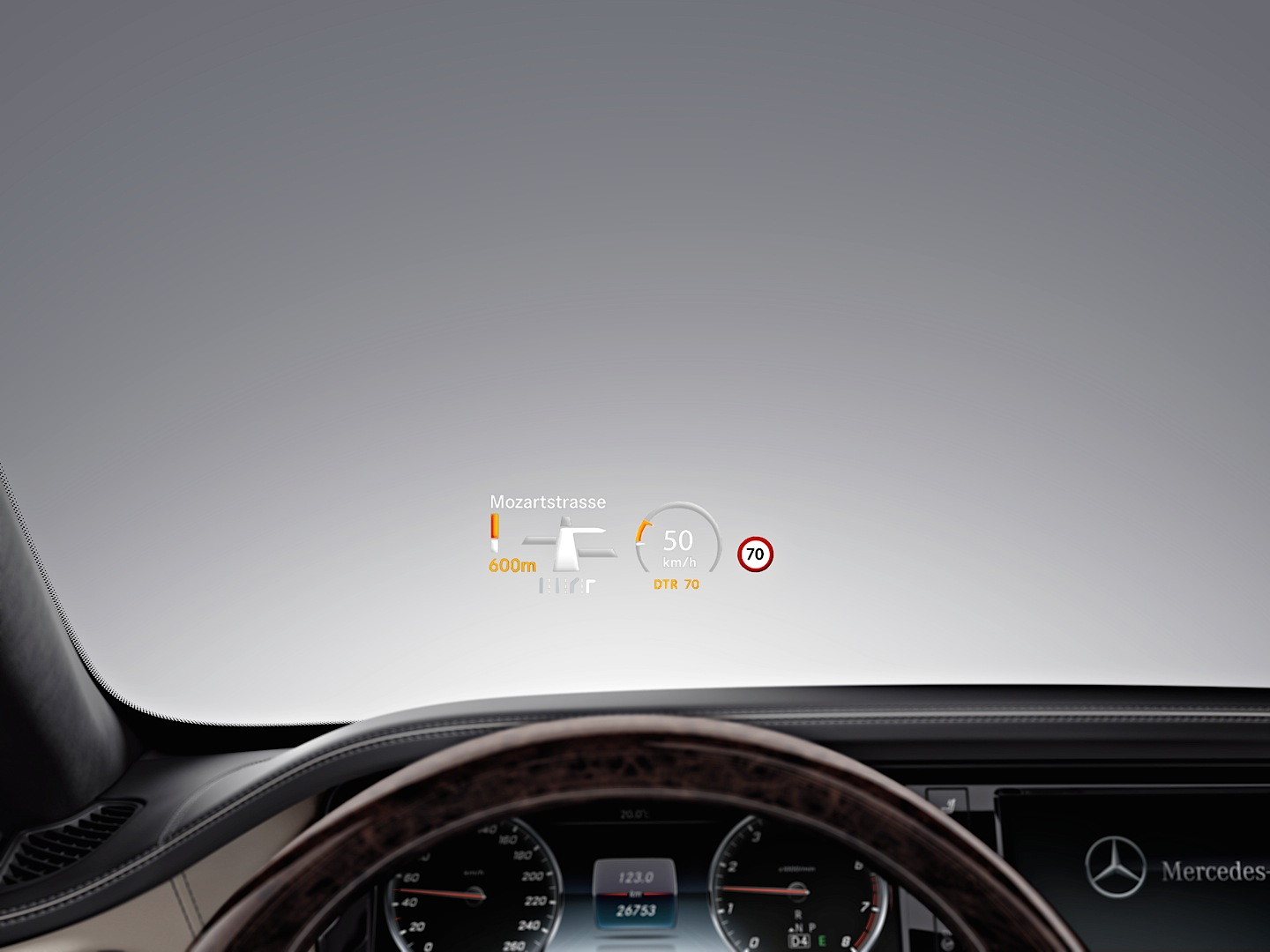 New features for the s class w222 in 2014 autoevolution for Mercedes benz heads up display