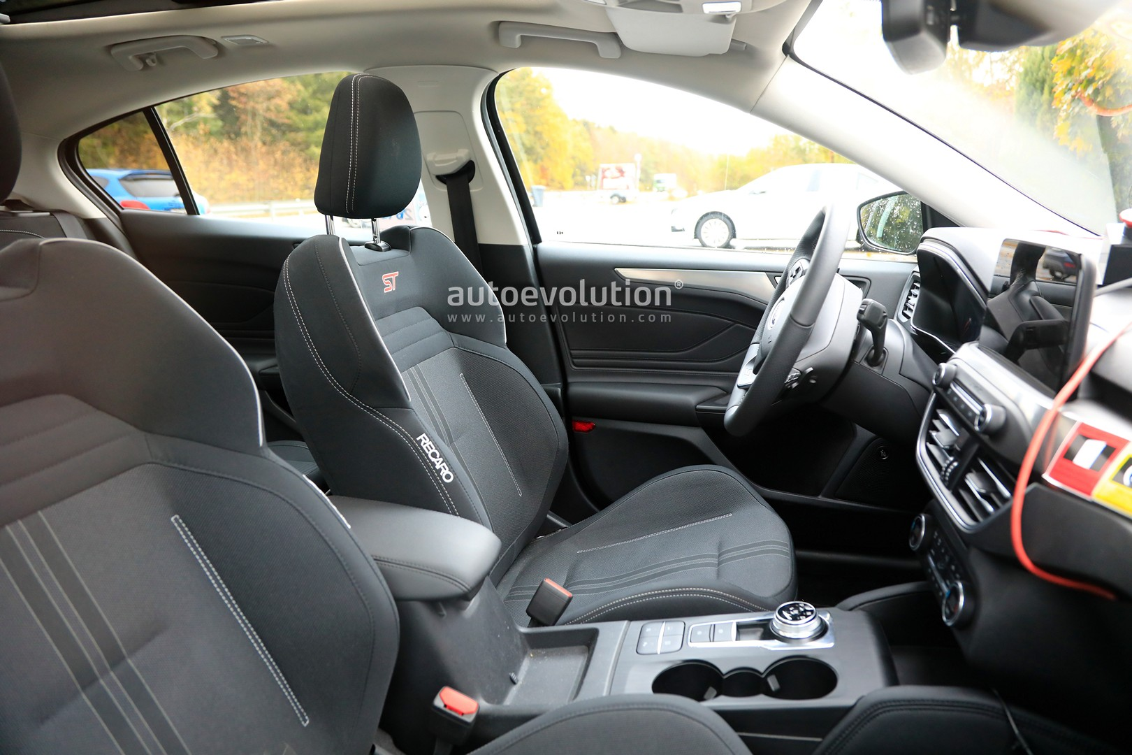 New Ford Focus St Interior Revealed 2 3l Engine Has Automatic Gearbox