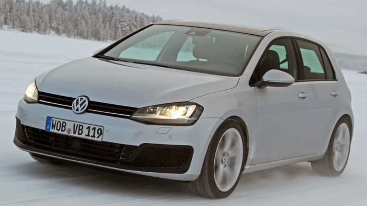 New Golf R First Photos Emerge, Will Arrive in 2014 with 290 HP