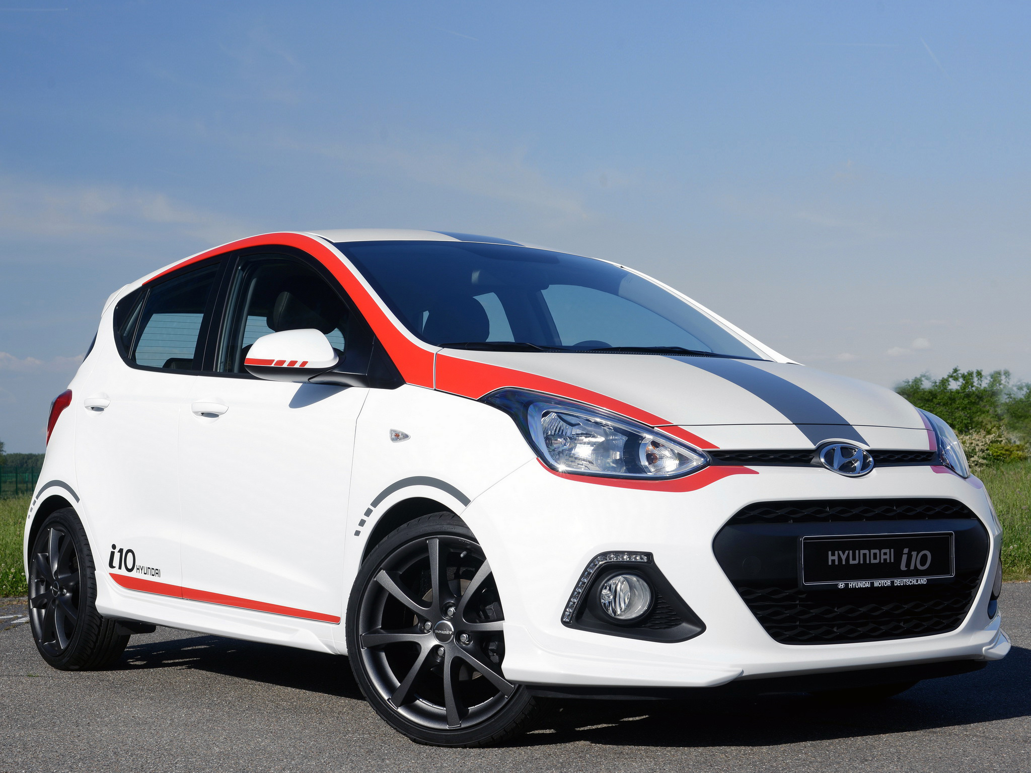 new hyundai i10 sport model launched in germany. Black Bedroom Furniture Sets. Home Design Ideas