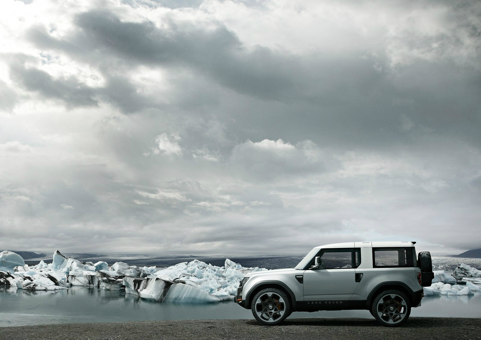 New Land Rover Defender Edges Nearer to 2016 Debut as ...