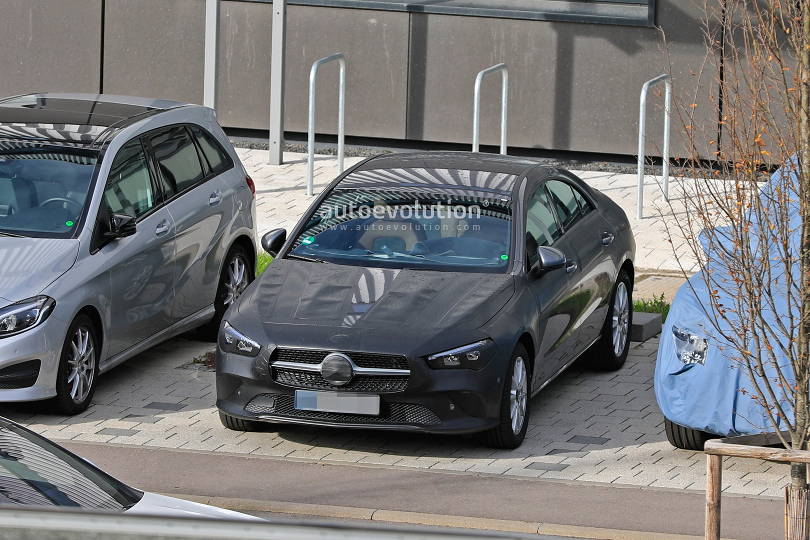 2019 - [Mercedes-Benz] CLA II - Page 4 New-mercedes-benz-cla-class-nearly-revealed-by-latest-spyshots-130046_1