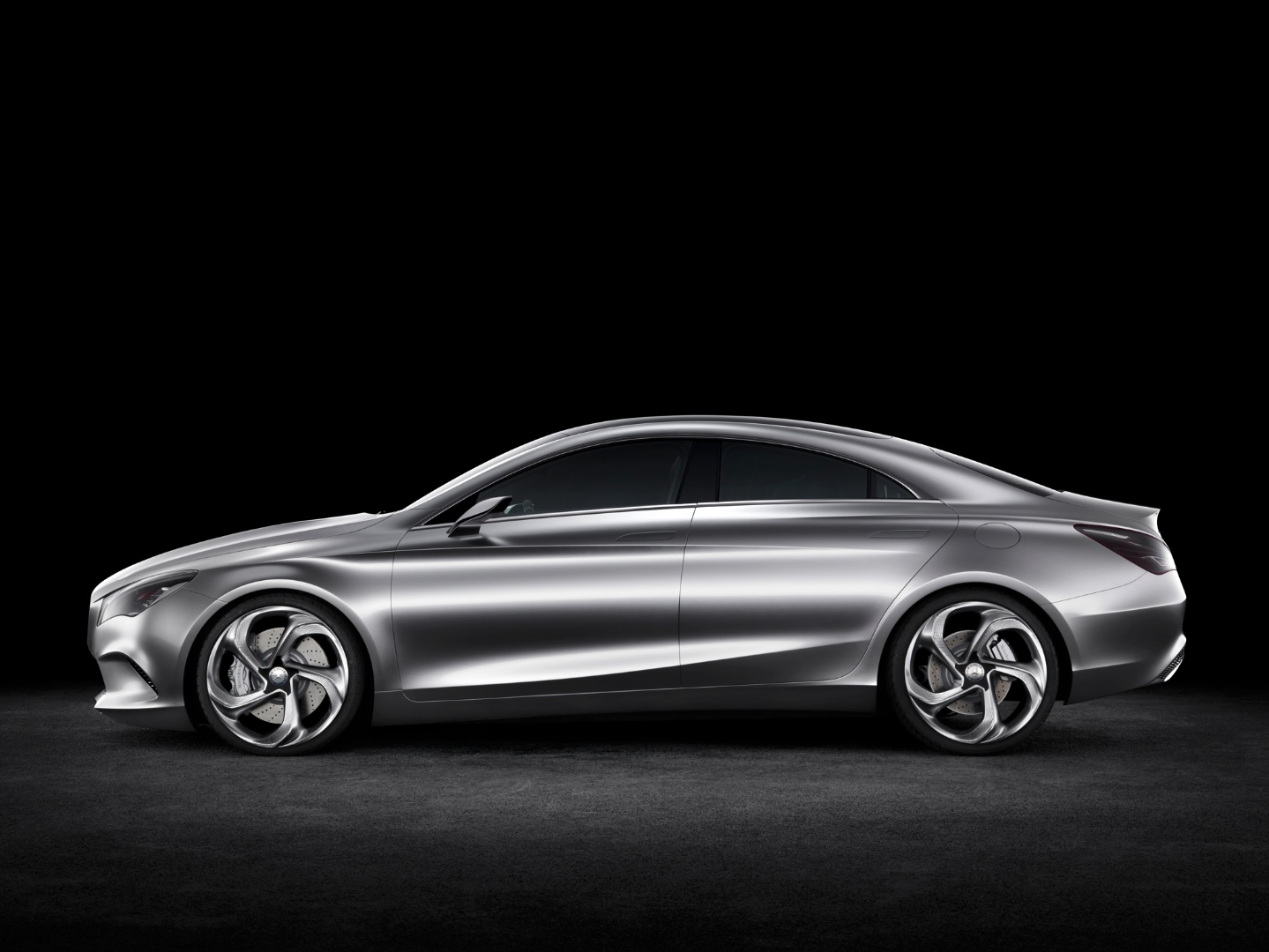 New mercedes benz compact sedan to be made in mexico for Small mercedes benz