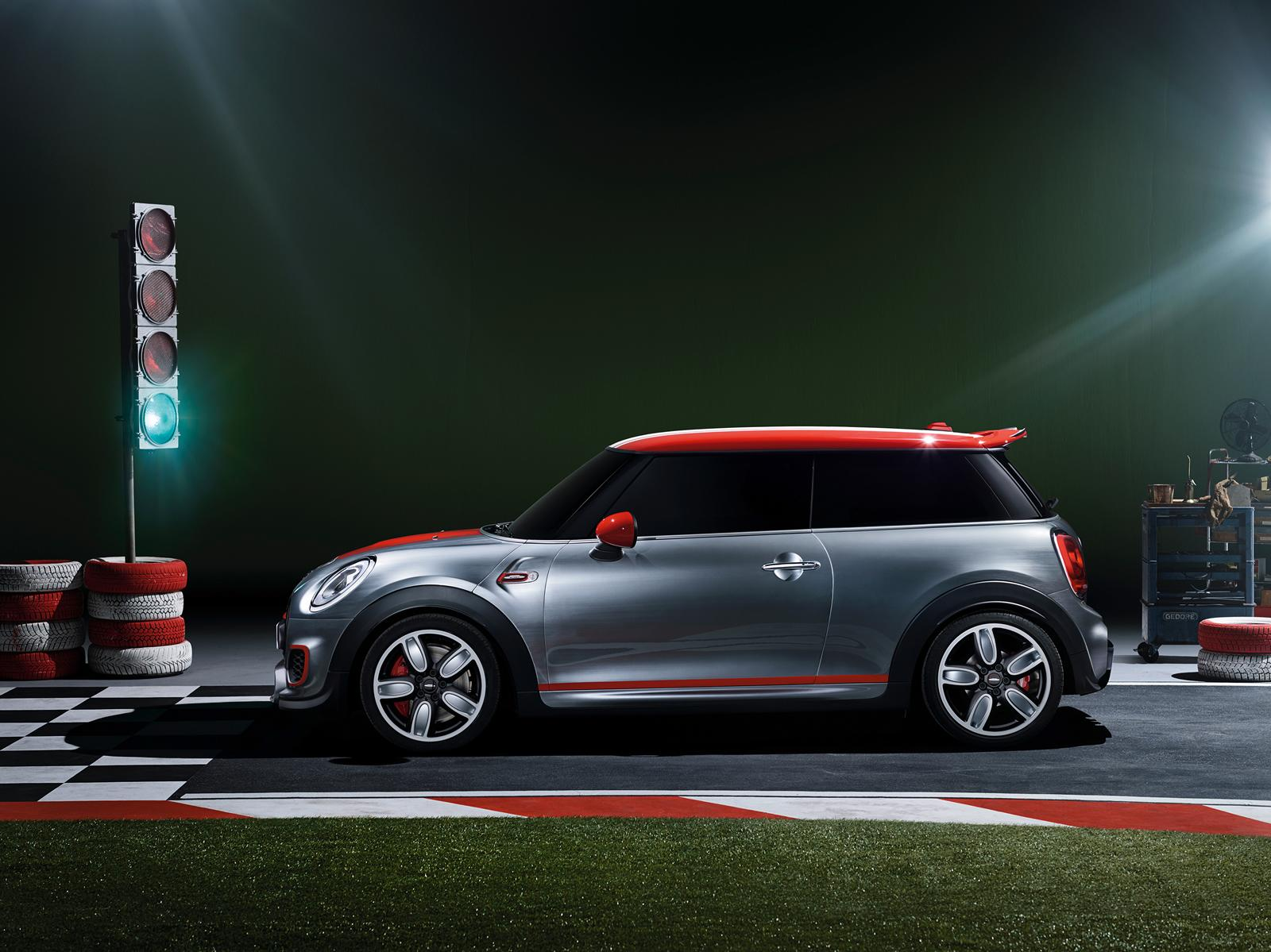 new mini john cooper works concept ready for detroit autoevolution. Black Bedroom Furniture Sets. Home Design Ideas