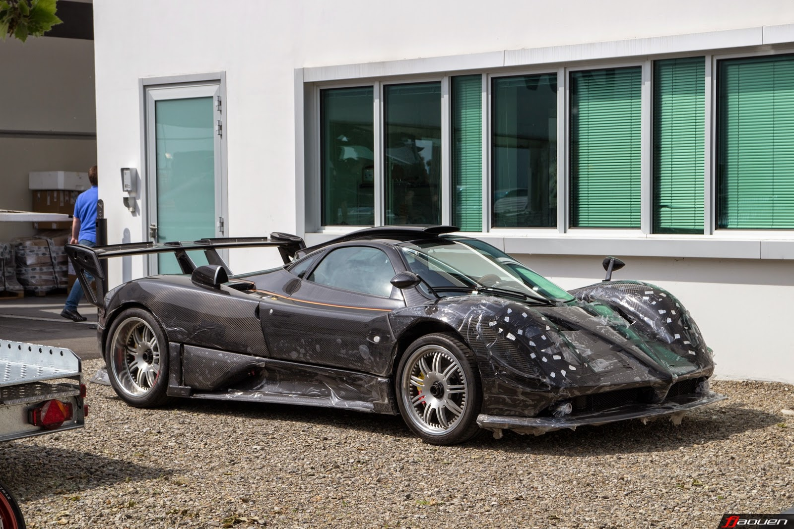 new pagani zonda 760 lm has le mans headlights - autoevolution