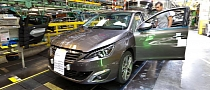 New Peugeot 308 Photos from the Production Line [Photo Gallery]
