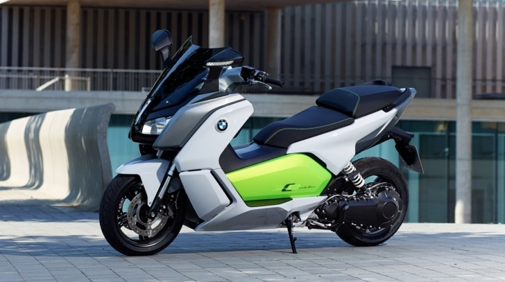 New Pics of the BMW C Evolution E-Scooter, Tech Details Surface [Photo Gallery]