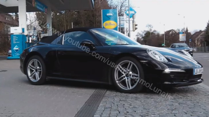 New Porsche 911 Targa (Carrera) Spotted at Stuttgart Gas Station [Video]