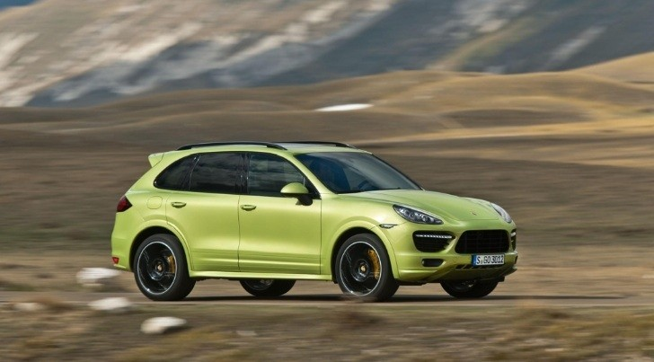 New Porsche Cayenne GTS Revealed, Makes 420 HP