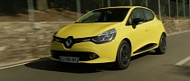 New Renault Clio IV Shines in Florence [Video]