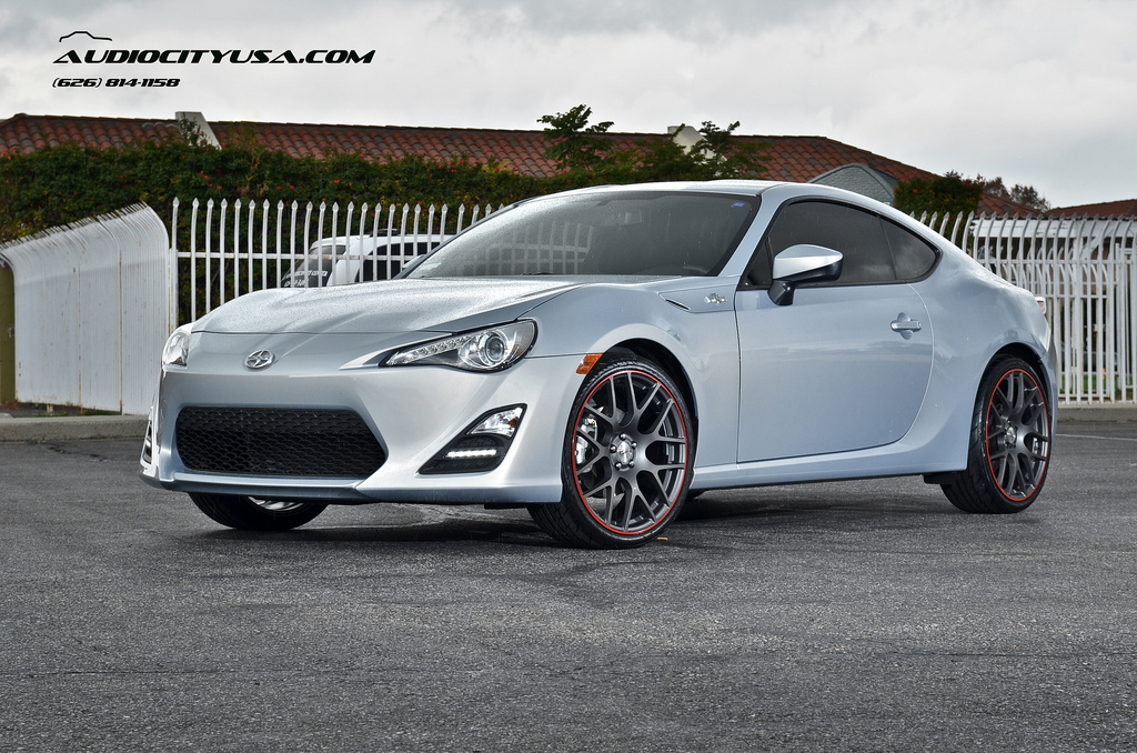 new rims on toyota gt 86 doesn t mean you have to stance. Black Bedroom Furniture Sets. Home Design Ideas