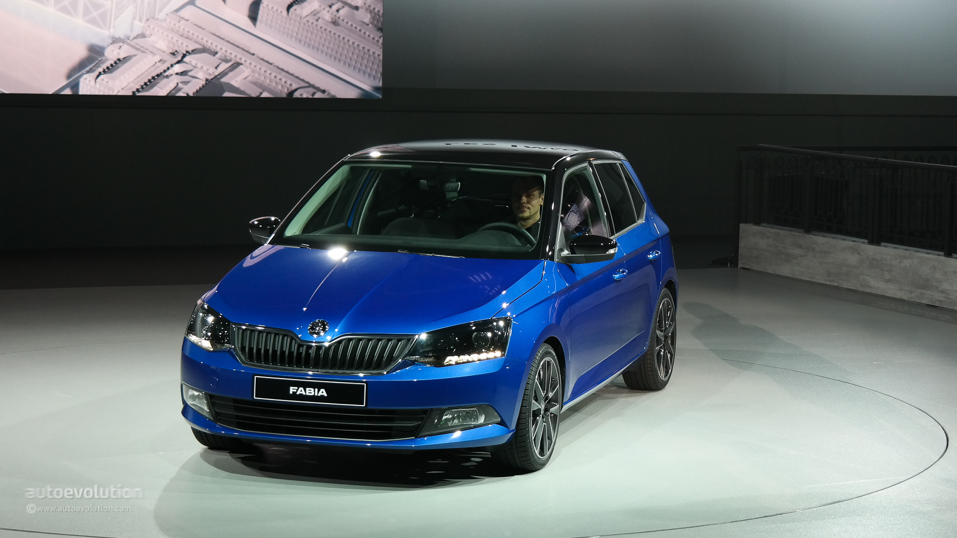 Ford Fiesta Hatchback >> New Skoda Fabia Displayed at the Paris Motor Show in Hatchback Guise [Live Photos] - autoevolution