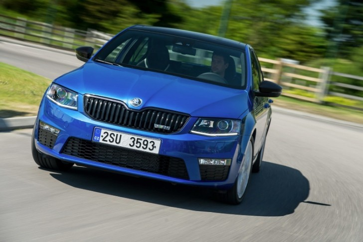New Skoda Octavia RS Pics Aplenty [Photo Gallery]
