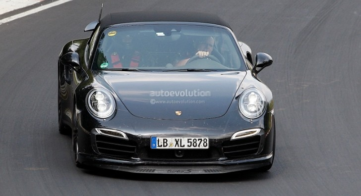 New Spyshots Show 2014 Porsche 911 Turbo S Convertible