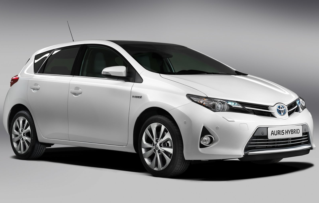 Mass Auto Sales >> New Toyota Auris Hybrid Commercial: The Alternative - autoevolution