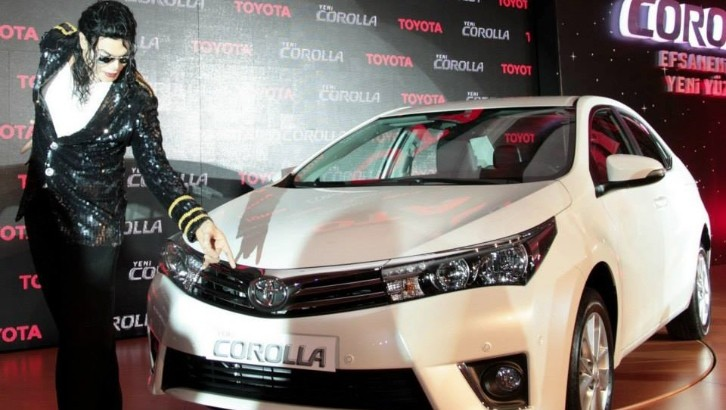 New Toyota Corolla Unveiled By Michael Jackson in Turkey [Video]
