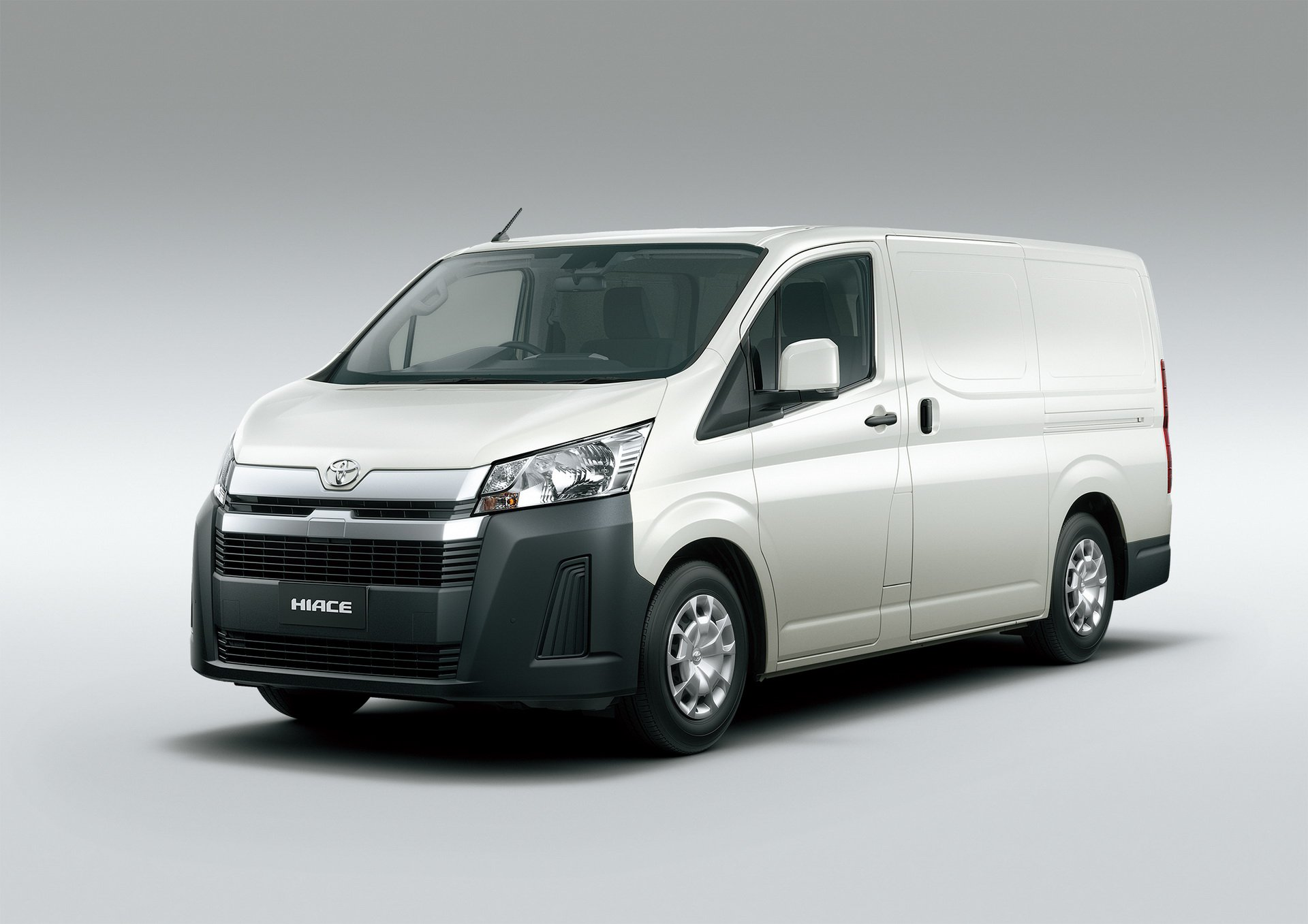 New Toyota Hiace Introduced In The Philippines Autoevolution