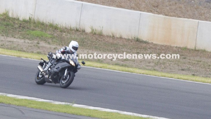 New Yamaha YZF-R1 Spied in Australia