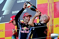 Webber celebrates alongside Newey