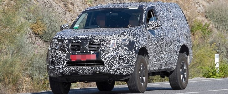 Nissan Pathfinder 2019 >> Next Gen 2019 Nissan Pathfinder Spied Shows Radical Front End