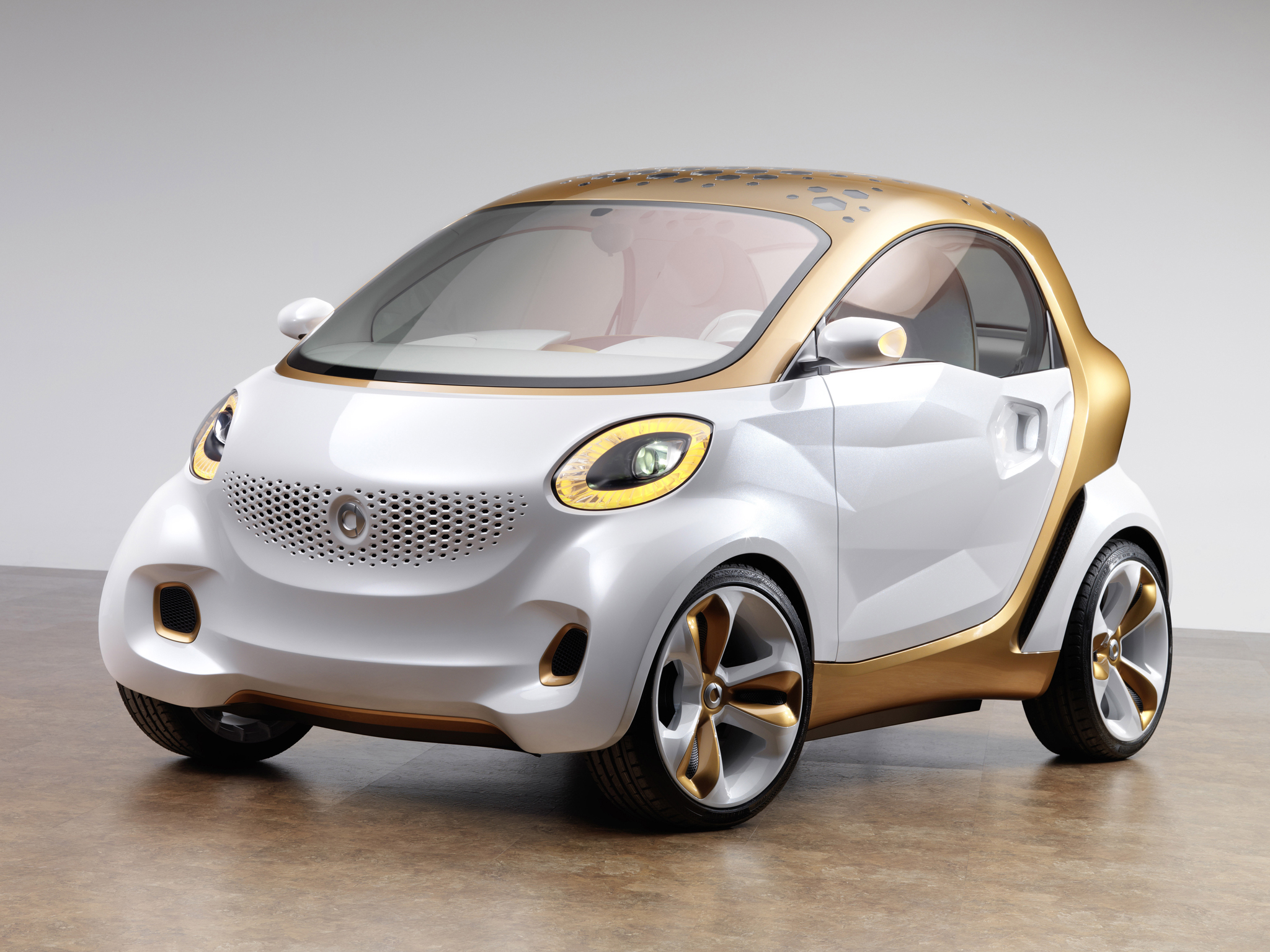 next generation smart fortwo to be much wider autoevolution. Black Bedroom Furniture Sets. Home Design Ideas