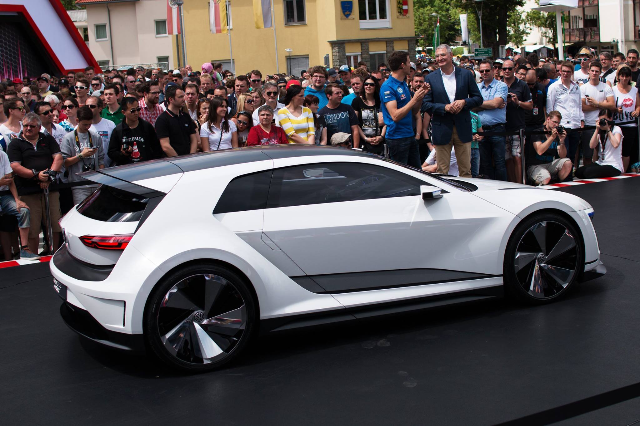 Volkswagen Gti Roadster 2018 >> Next Golf GTI Coming in 2019, Will Be Lighter, Have More Tech Features - autoevolution