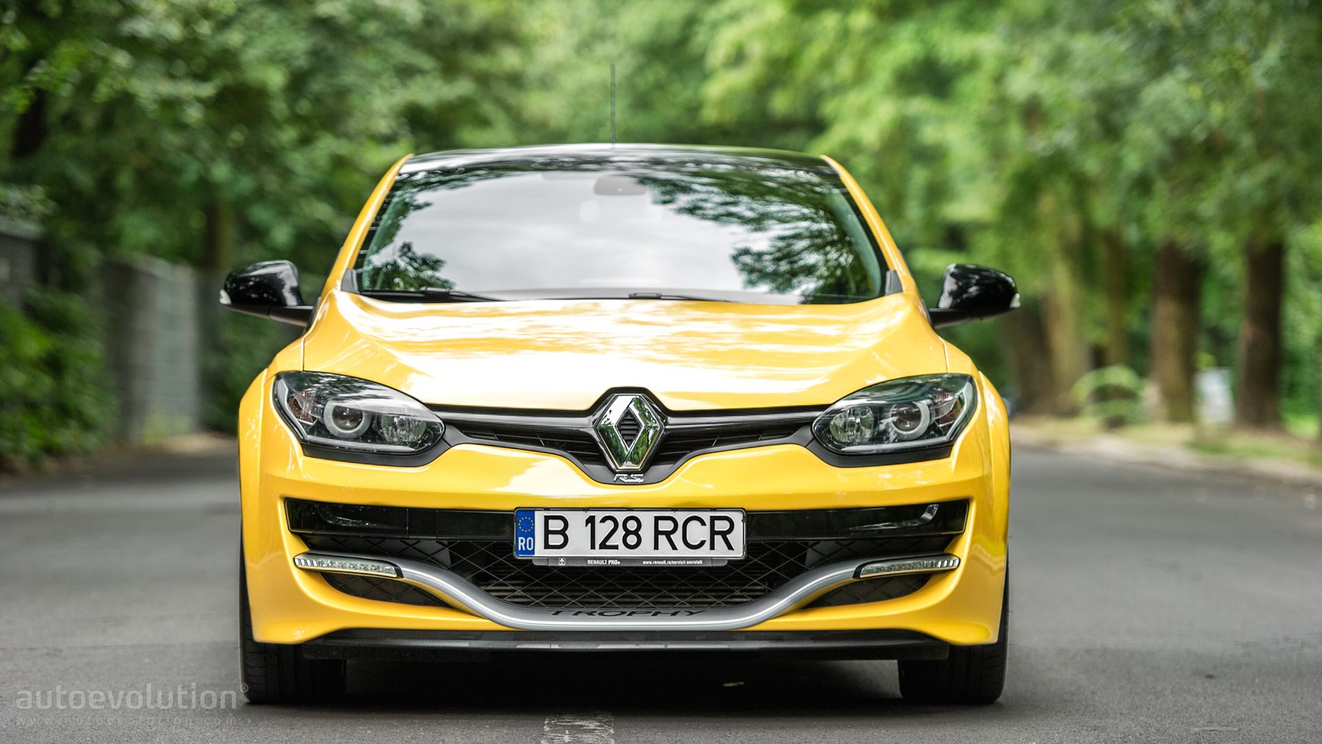 next renault megane rs rumored to feature over 300 hp awd autoevolution. Black Bedroom Furniture Sets. Home Design Ideas