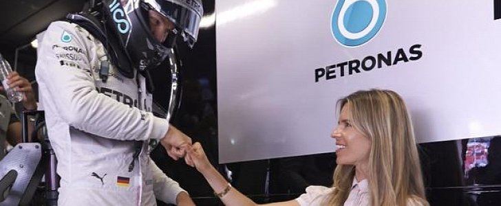 Mercedes Amg Petronas >> Nico Rosberg and Wife Vivian Sibold Welcome First Daughter ...