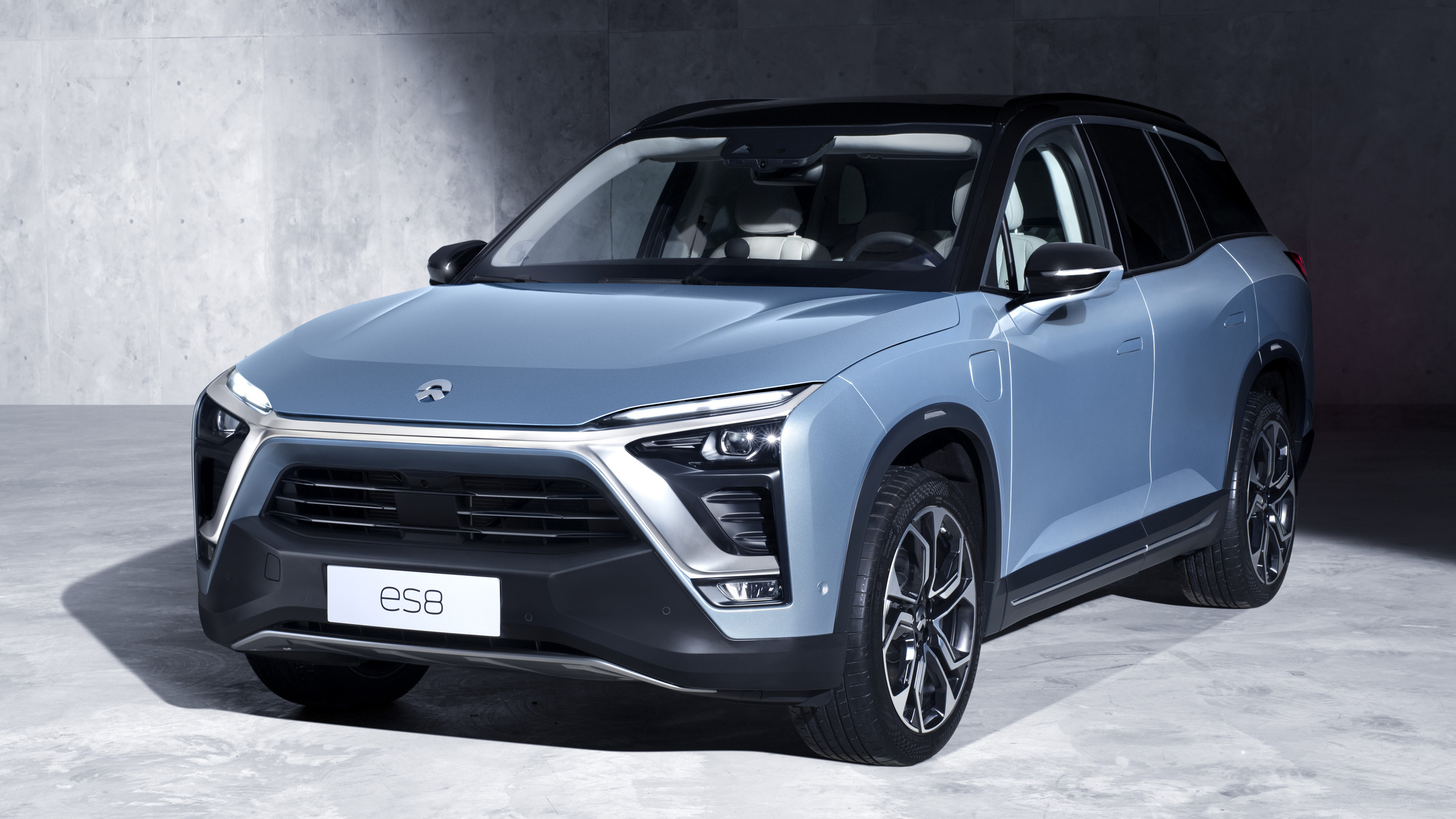 NIO launches its ES8 all-electric SUV in China
