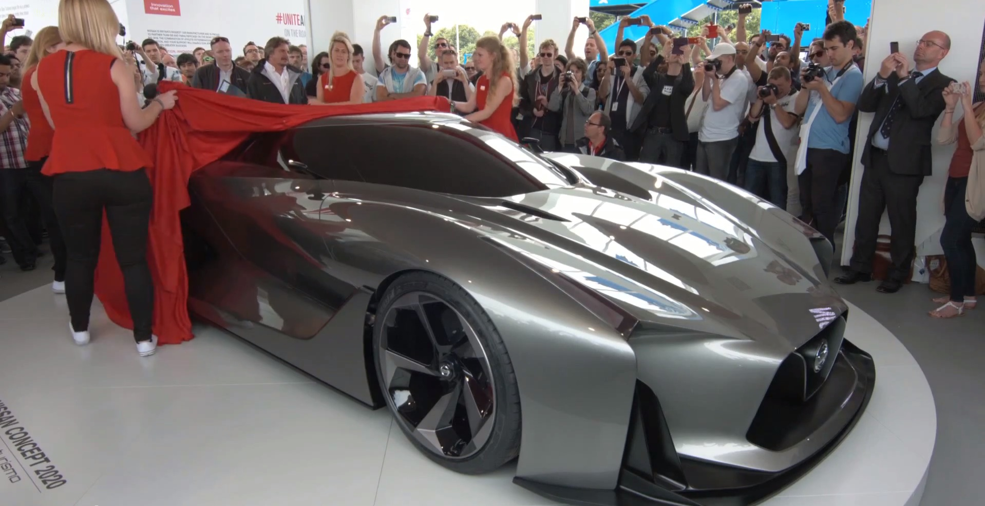 Nissan 2020 Vision Gran Turismo Concept Is a Stunner at ...