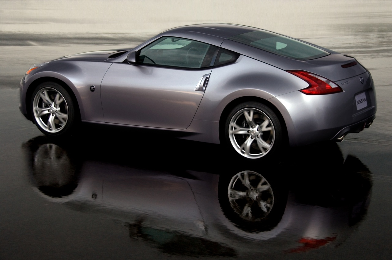 The All New 2009 Nissan 370Z